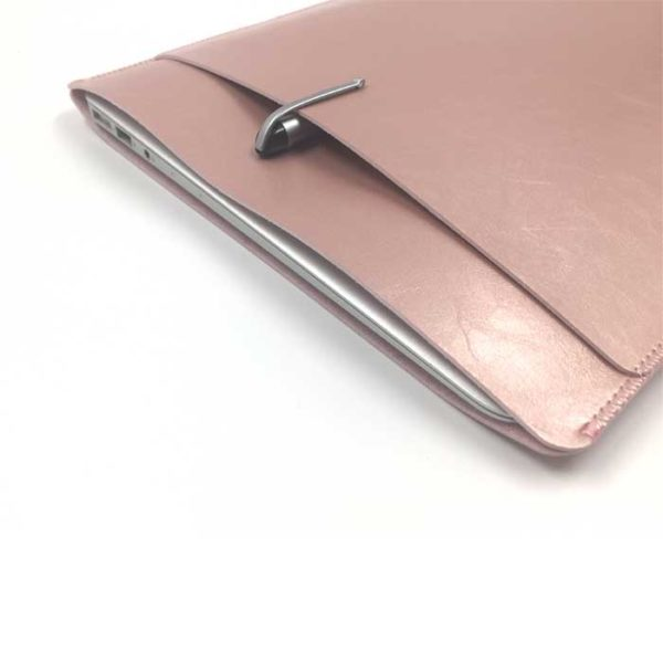 Image of   ULTRA THIN SLEEVE WITH A POCKET 13″ – Rosa